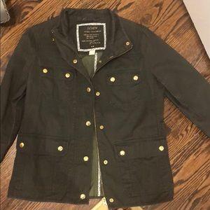 Jcrew relaxed boyfriend fit jacket in olive green